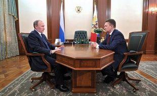 Le géant gazier russe Gazprom a assuré vendredi le gouvernement polonais des intérêts économiques de construire un nouveau gazoduc entre la Russie et l'UE via le territoire polonais, une décision de Vladimir Poutine qui a reçu un accueil glacial à Varsovie.