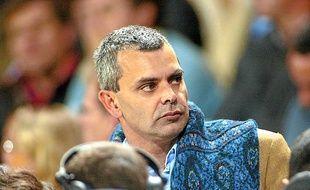 Christophe Bouchet en 2004 dans les tribunes du Vélodrome.