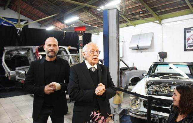 Paul Bracq, le concepteur de la Mercedes Pagode, et son fils Boris, qui a ouvert les Ateliers Paul Bracq à Bordeaux.