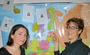 Rentrée du Royaume-Uni,  Claire (à d.) a conseillé Mathilde.