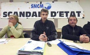 Le leader CGT de la SNCM, Frédéric Alpozzo, donne une conférence de presse, le 6 janvier 2015 à Marseille