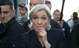 Marine Le Pen lors de sa visite en Bretagne le 4 mai 2017, trois jours avant le second tour de l'élection présidentielle.