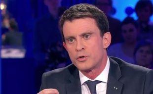 Manuel Valls dans l'émission «On n'est pas couché», le 16 janvier 2016.