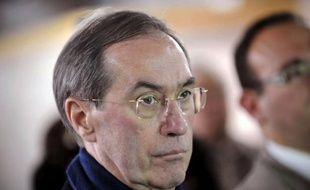 Le ministre de l'Intérieur, Claude Guéant, a démenti mercredi avoir proposé à l'ex-garde des Sceaux Rachida Dati la circonscription parisienne de Philippe Goujon pour les prochaines législatives.