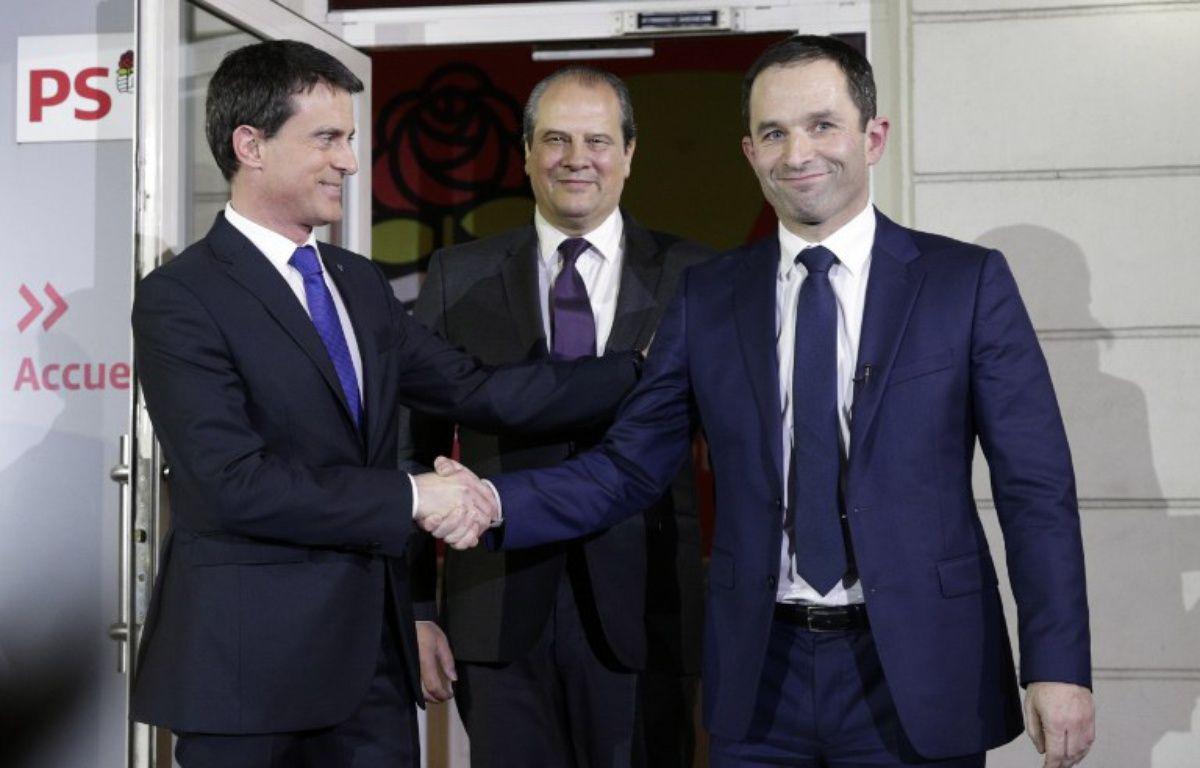 Manuel Valls après sa défaite à la primaire élargie du PS face à Benoît Hamon – GEOFFROY VAN DER HASSELT / AFP