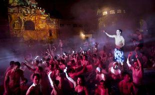 Les bains de Budapest sont devenus un événement très prisé des EVG.