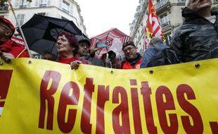 Manifestations de miltants de la CGT à Paris le 16 octobre alors que se déroulent les négociations pour sauver les régimes de retraite complémentaires
