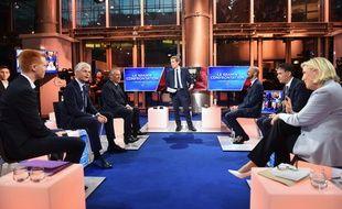 «Grande confrontation» sur LCI entre Adrien Quatennens (LFI), Laurent Wauquiez (LR),  François Bayrou (MoDem), Stanislas Guerini (LREM), Olivier Faure (PS) et Marine Le Pen (RN), le 24 avril 2019.