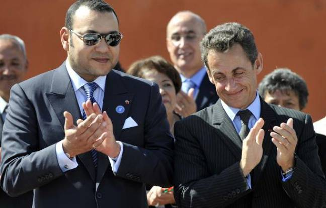 Le roi Mohammed VI du Maroc et Nicolas Sarkozy, le 24 octobre 2007, à Marrakech (Maroc).