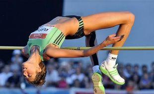 L'athlète croate Blanka Vlasic, double championne du monde de la hauteur, a déclaré mardi que sa participation aux jeux Olympiques de Londres (27 juillet - 12 août) était incertaine en raison d'une blessure récurrente au pied gauche.
