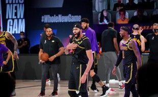 Anthony Davis a porté les Lakers face à Denver dans le match 2.