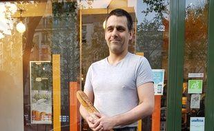 Fabrice Leroy propose, dans le 12e arrondissement, la meilleure baguette de Paris.