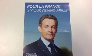 Un faux tract pro-Sarkozy à Paris le 29 novembre 2016.