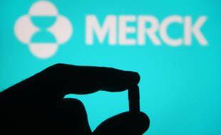 L'Agence européenne des médicaments a annoncé le lancement de l'examen accéléré de la pilule contre le Covid-19 du laboratoire américain Merck.