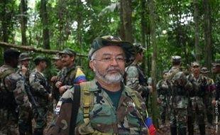 """Raul Reyes, numéro deux des Farc tué par l'armée colombienne, n'était """"pas récemment"""" en contact avec Paris à propos de l'otage franco-colombienne Ingrid Betancourt, a déclaré mercredi à la presse Laurent Wauquiez, porte-parole du gouvernement."""