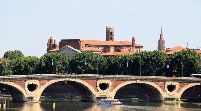 Vue de la Garonne et du Pont Neuf depuis le pont St Michel. – FRED  SCHEIBER / 20 MINUTES