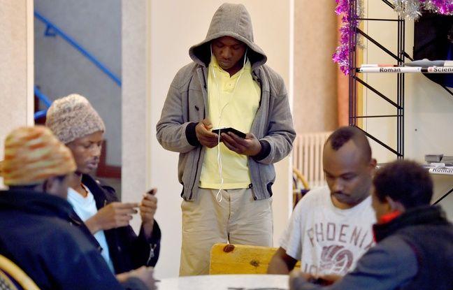 Des migrants au centre d'accueil et d'orientation de Saint-Brévin / AFP PHOTO / LOIC VENANCE