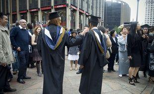 Des étudiants diplômés de la City University of New York, le 27 mai 2009.