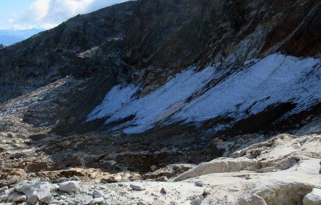 En 2020, le glacier du Boum, dans le Luchonnais, de couvre plus que 3,5 hectares.
