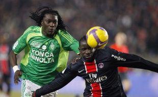 Premier but en Ligue1 pour Mamadou Sakho face à St-Etienne et Bafetimbi Gomis le 14 février 2009.