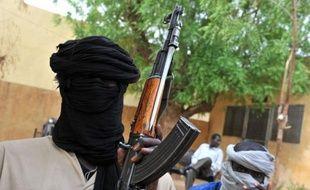 L'armée malienne a lancé vendredi une contre-offensive avec une assistance de la France et d'autres pays européens, selon des sources maliennes, pour reprendre aux islamistes une ville du centre conquise la veille, d'où ils menaçaient de continuer leur poussée vers les zones controlées par le gouvernment de Bamako.