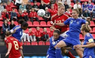 La joueuse de l'équipe de France, Gaetane Thiney, le 23 septembre 2010 à Tempere (Finlande).