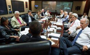 Barack Obama et ses principaux conseillers sur la sécurité, rassemblés dans la «Situation Room».