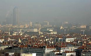 Lyon est fréquemment touchée par les épisodes de pollution aux particules, à l'ozone et au dioxyde d'azote.