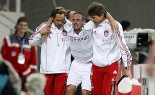 L'international français Franck Ribéry, touché lors d'un match de championnat d'Allemagne face à Hoffenheim le 21 septembre 2010.
