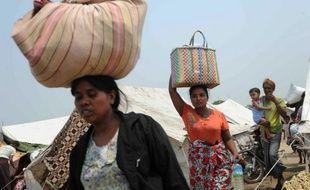 Trente-deux personnes ont été tuées et près de 9.000 déplacées depuis mercredi par les violences qui ont opposé bouddhistes et musulmans dans la ville de Meiktila, dans le centre de la Birmanie, ont indiqué samedi les autorités dans leur dernier bilan.