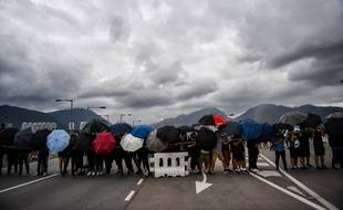 Ce n'est pas la première fois que les manifestants pro-démocratie tentent de bloquer l'aéroport de Hong-Kong.