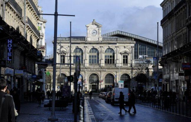 Vent de panique à la gare de Lille-Flandres à cause du pot de départ d'un cheminot