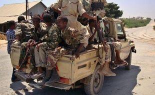 Le gouvernement de transition somalien (TFG) a affirmé samedi avoir consolidé ses nouvelles prises à Mogadiscio, au lendemain d'une offensive pour repousser encore davantage de la capitale les insurgés islamistes shebab, qui promettent, eux, de nouveaux combats.