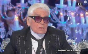 Karl Lagerfeld sur le plateau de «Salut les terriens» le 11 novembre 2017.