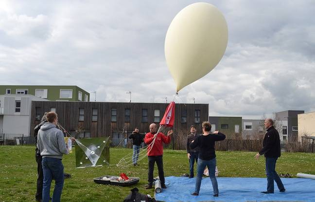 Lille: Trois lycéens envoient un ballon-sonde à 30km d'altitude