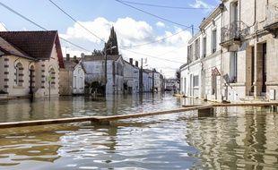La ville de Saintes sous les eaux, le 7 février 2021.