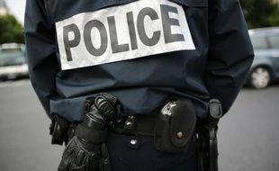 Cinq personnes ont été interpellées lundi et mardi à Paris et à Roissy, soupçonnées d'appartenir aux filières jihadistes de combattants formés dans les zones tribales à la frontière pakistano-afghane, a-t-on appris de sources concordantes, confirmant une information de RTL.