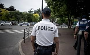 La police. (illustration)