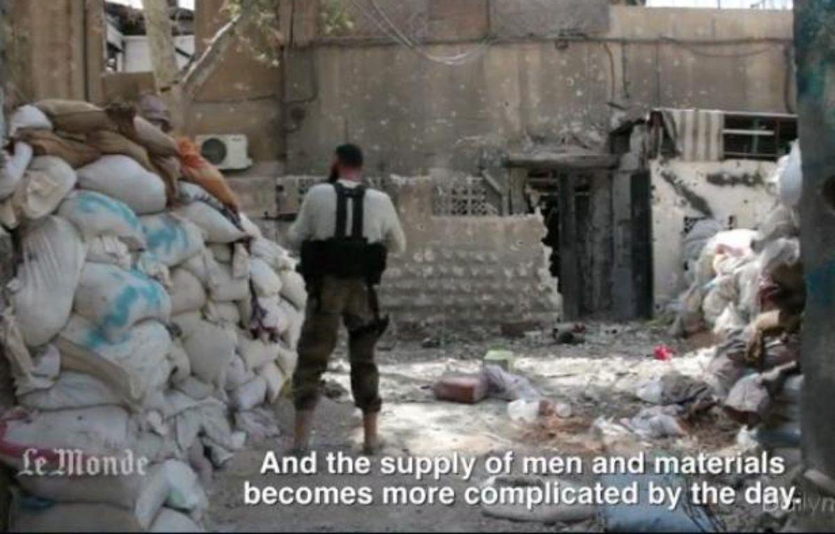 Capture d'écran d'une vidéo du Monde.fr montrant des combattants rebelles en Syrie, au printemps 2013 – DR