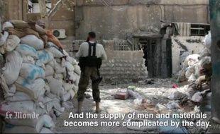 Capture d'écran d'une vidéo du Monde.fr montrant des combattants rebelles en Syrie, au printemps 2013