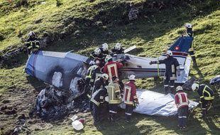 Trois personnes ont été tuées dans l'accident d'un avion de tourisme survenu le 20 août 2017 dans une zone montagneuse du sud de la Suisse.