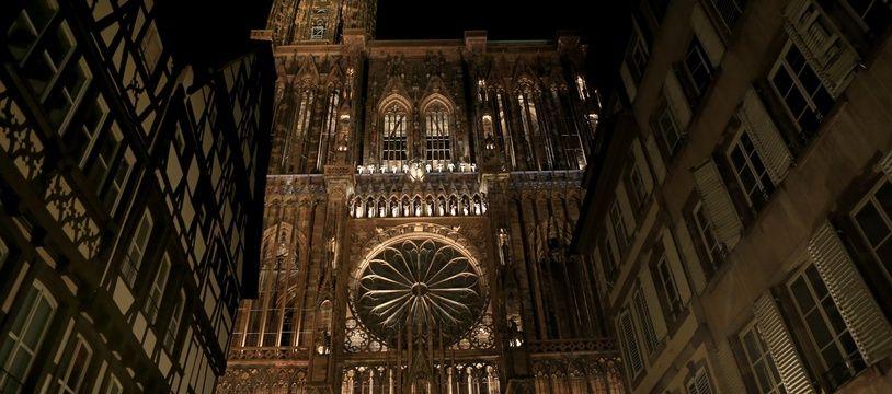 Strasbourg le 27 octobre 2016. Test du nouvel éclairage de la cathédrale de Strasbourg.