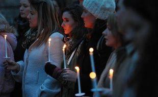 """La Fédération internationale des droits de l'Homme (FIDH) appelle dans un communiqué à """"manifester pour dire +Stop+ aux massacres en Syrie et aux crimes contre les civils"""" vendredi, jour du deuxième anniversaire du déclenchement de la révolution syrienne."""