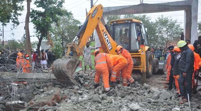 Inde: Au moins 20 personnes tuées par l'effondrement du toit d'un crématorium