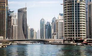 Vue de Dubaï, premier ville-émirat des Emirats Arabes Unis