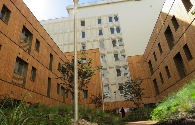 Le bailleur social Immobilière 3F a inauguré 90 logements dans un ancien immeuble de bureaux, à Charenton-le-Pont, le 9 septembre 2016.
