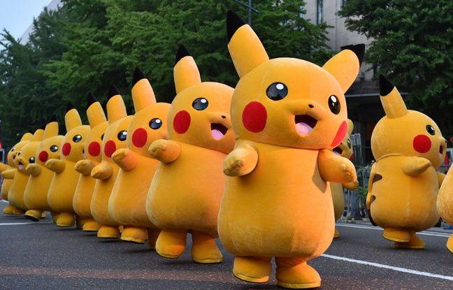 648x415_danseurs-deguises-pikachu-lors-e