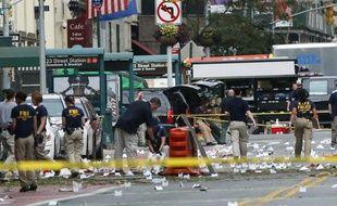 Les enquêteurs cherchent à savoir qui est derrière l'explosion d'un engin samedi en début de soirée dans le quartier de Chelsea à New York, qui a fait 29 blessés légers