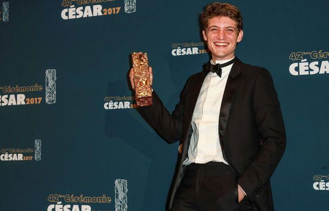 Niels Schneider receives the Cesar of best promising actor in 'Diamant Noir' during the Cesar Film Awards Ceremony at Salle Pleyel on February 24, 2017 in Paris, France.//VULAURENT_LVU_CESAR_00039/Credit:LaurentVu/SIPA/1702250009