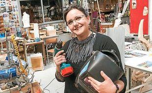 Nathalie Kaïd, dans son atelier d'Eco solidaire, à Bordeaux